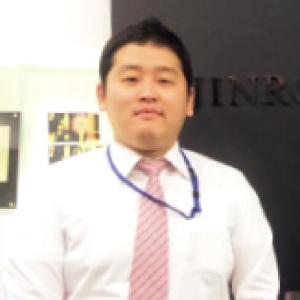 金 辰旭(キム ジンウク)さん