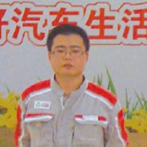 沈 金(チン キン)さん